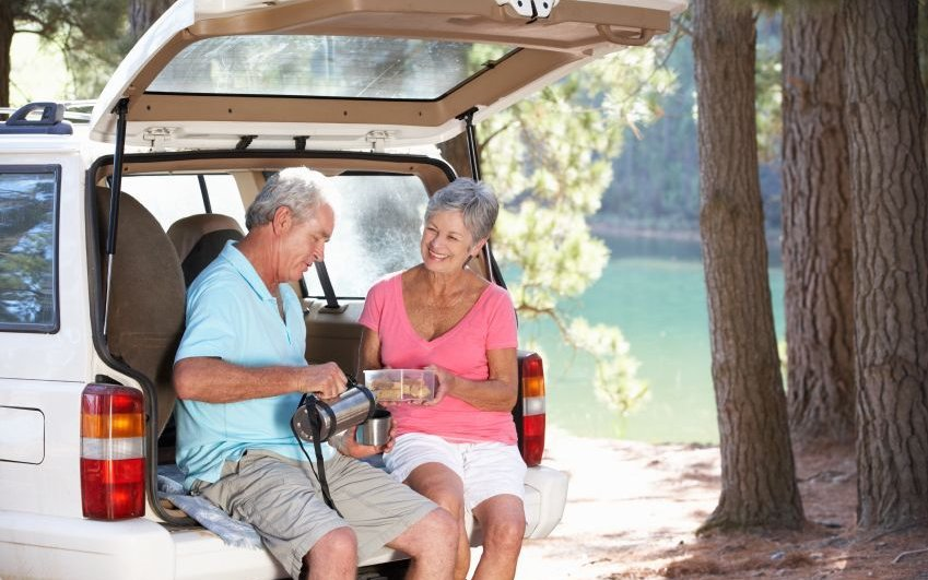 An older couple enjoys the outdoors.